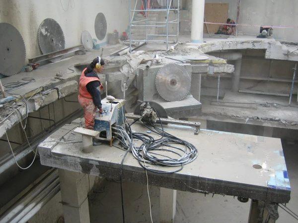 Демонтаж бетона киев: сколько стоит?